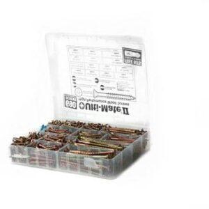 PLASTIC BOX 700 SCREWS